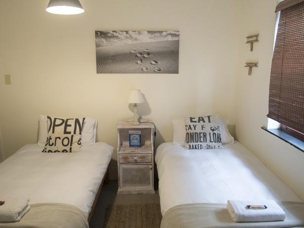Sandunes Room