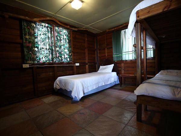 Castle Corner (2 bed chalet)