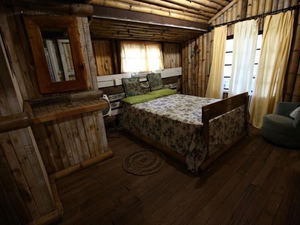 Honkidori -wooden cabin