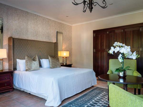Luxury King Suite 6