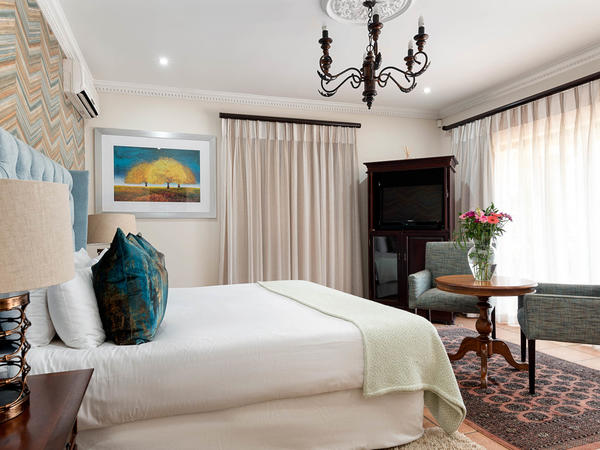 Luxury King Suite 3
