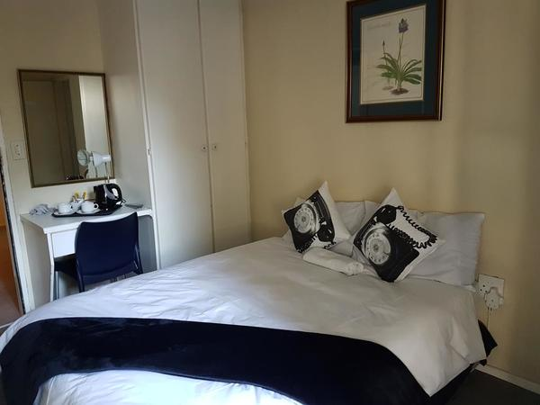 Single/Double Room with Private Bathroom