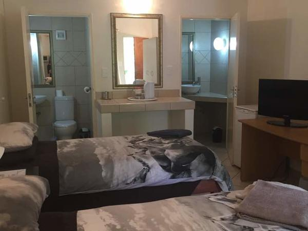 Double family room for 3