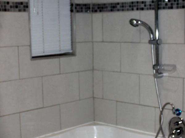 Standard Room (Full Bathroom)