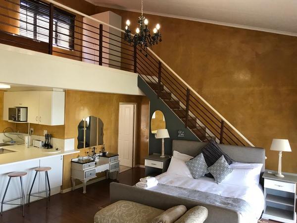 Loft Apartment 4 - Winston House