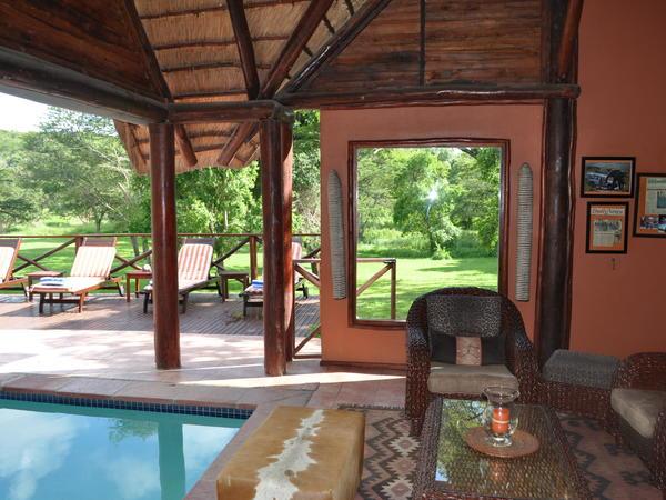 Laxury Safari Suites 6 (Queen Size Bed )