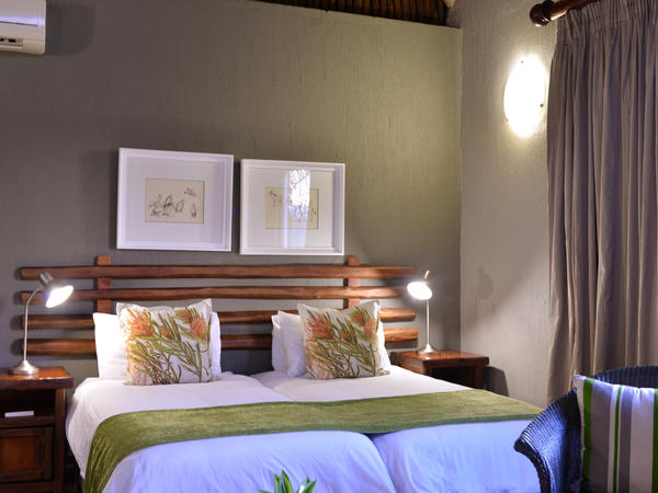 Luxury Room with 2 x Single Beds