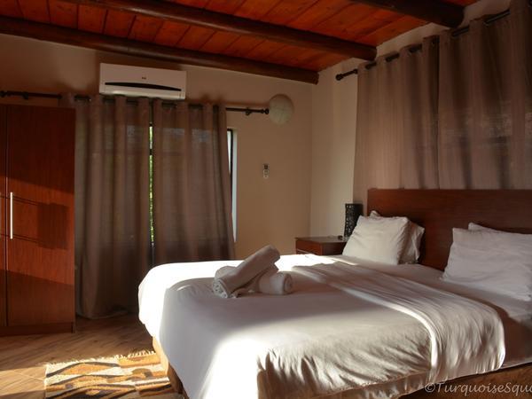 Luxury Lodge Room (Mountian view)