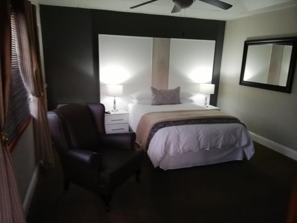 Hadeda - Double Bedroom