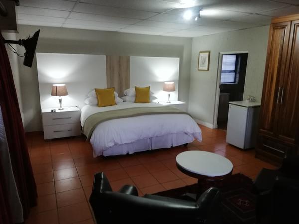 Guineafowl - King Bedroom