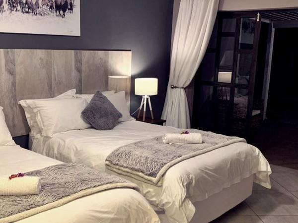 Luxury Family Room #2