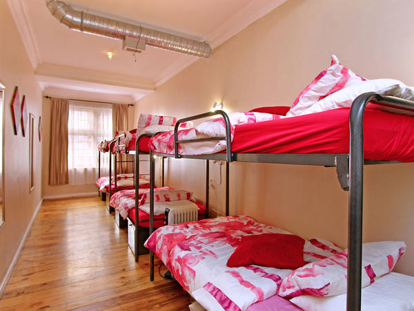 Female's 6 Sleeper Dorm C