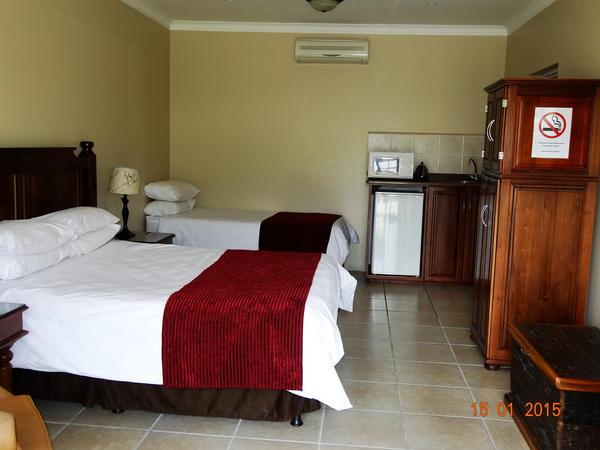 Luxury Family Room (3)