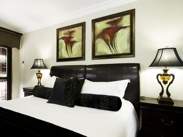 Room 7 - Executive Suite