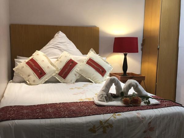 En-Suite Double Room with Bath