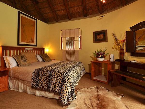 Luxury Poolside Room
