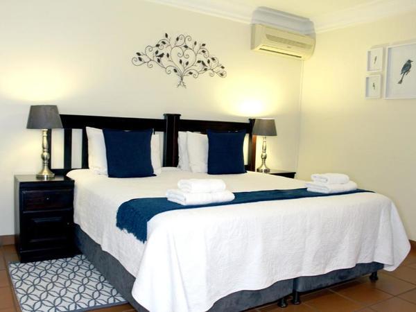 Room 6 Queen Bedroom