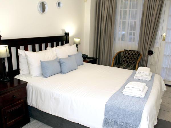 Room 4 Queen Bed Room