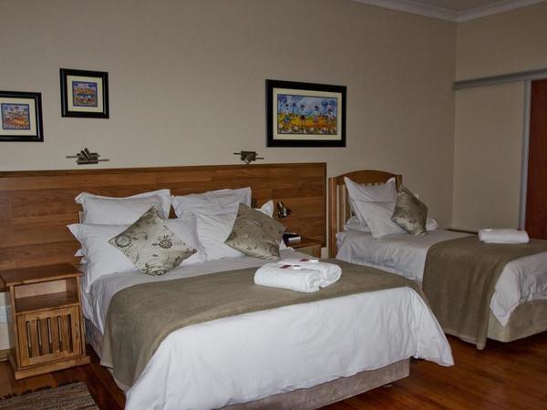 Family Suite- Interleading Rooms