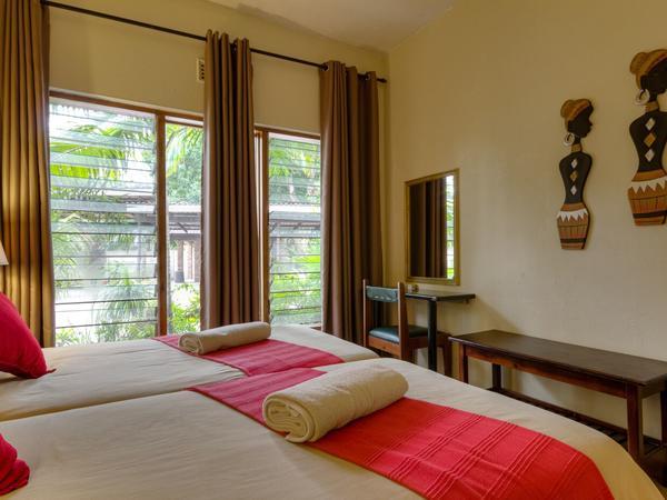 1 Bedroom en-suite (Upstairs)