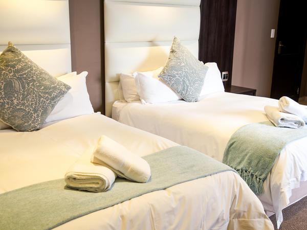 Aquamarine Luxury Family Room