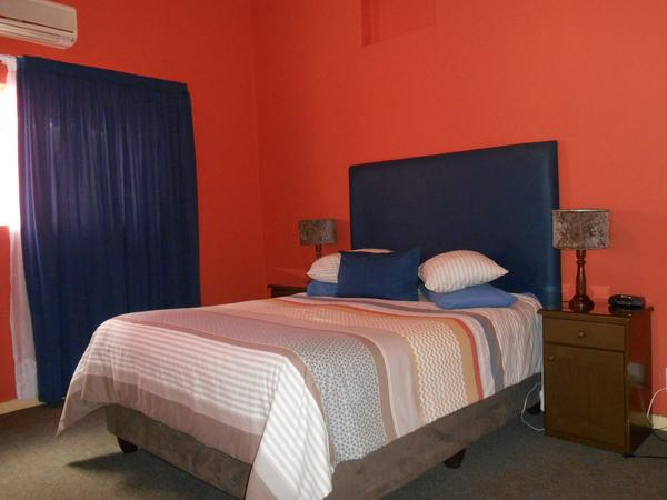 Self-catering Family Units - One Bedroom