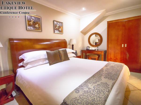 Luxury Paraplegic Friendly Room
