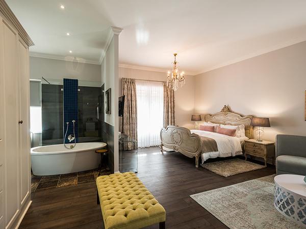 Waterstone Suite (King Suite)
