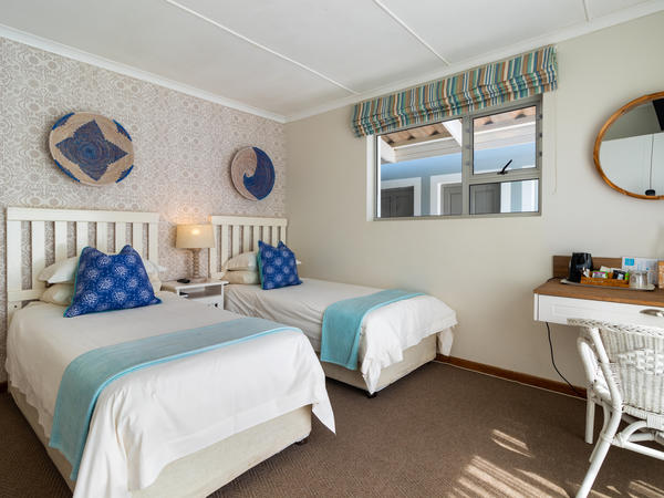 Twin Room with Partial Sea View