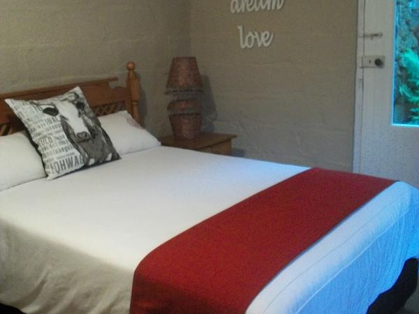 Stables Cottage Budget 6 sleeper