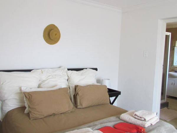 2 Sleeper apartment - shower