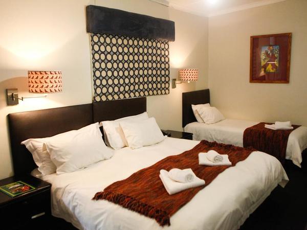 Steenbok Triple Room
