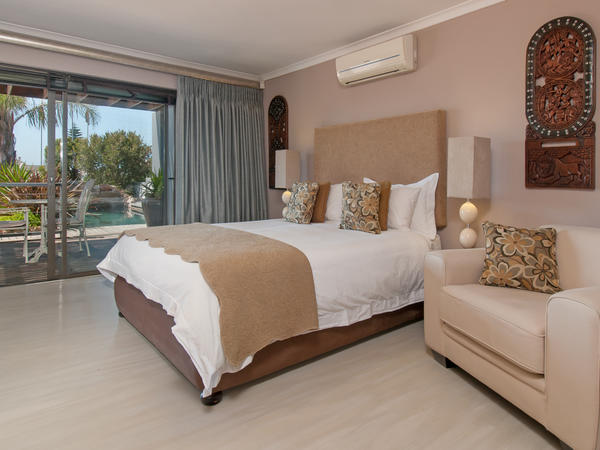 Double Room with En-Suite Bathroom/Room2