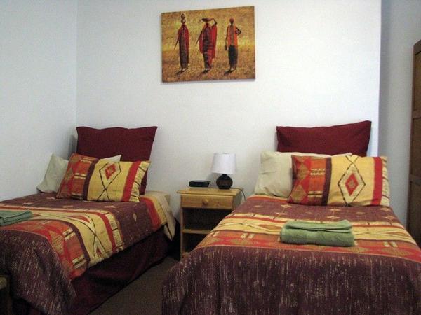 Twin Room with En-suite Shower