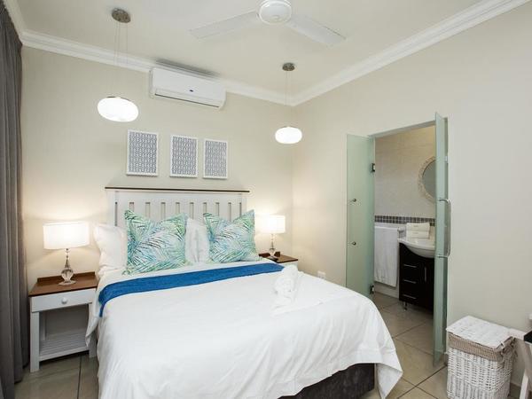Standard Queen En suite Room