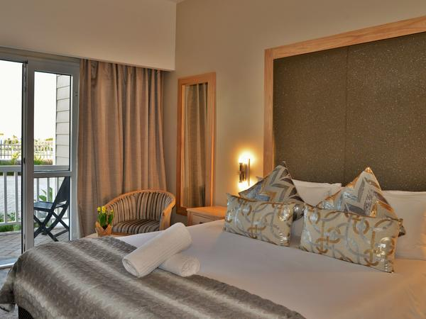 Double Room with Balcony & Seaview
