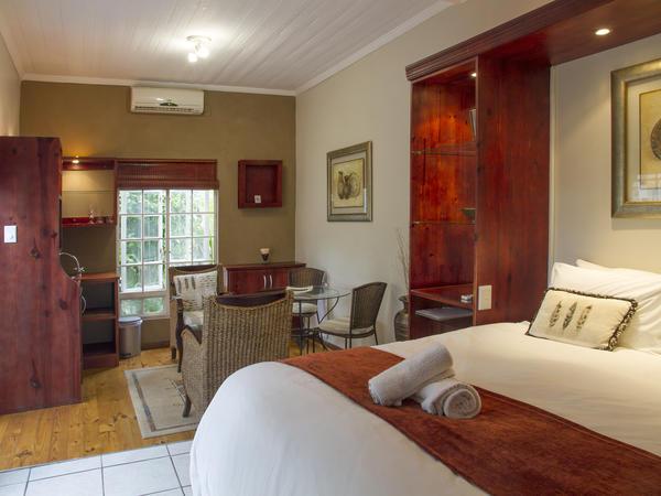 Room 2 Luxury /Kitcenette Queen