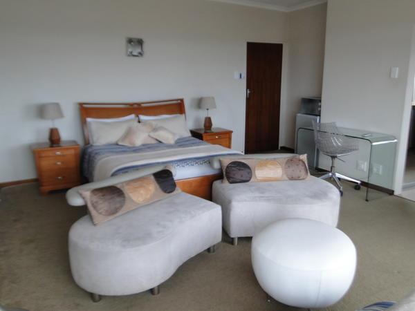 Super Luxury / Honeymoon Suite