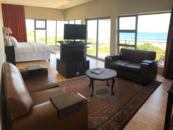 King Suite with sea view and balcony