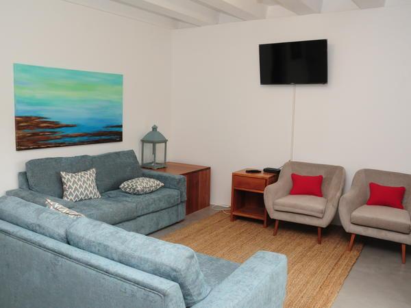 Apartment 33 (Duplex)