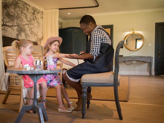 Hotel childrens Programme - Mack & Madi Kids' Adventure Explorers