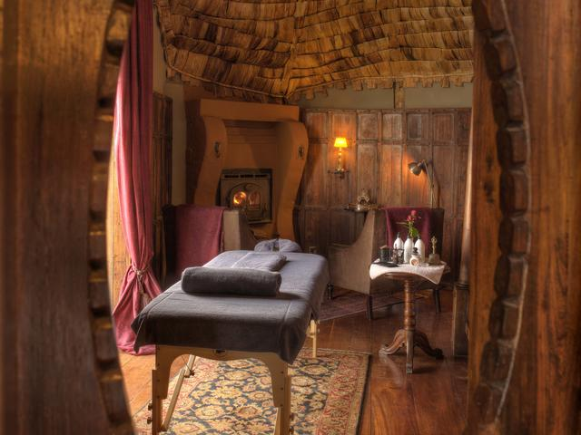 Massage: Earth Glow Body Polish and Wrap (Additional Cost)