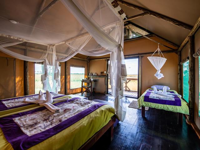 Drei-Bett Zelt-Chalets