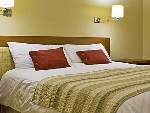 Standard Double Room Monte Balmaceda