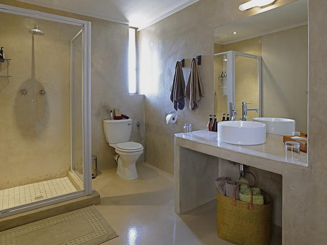 Standard / Loft Room