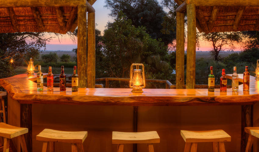 Relax with a sundowner at the raised guest bar for exceptional views