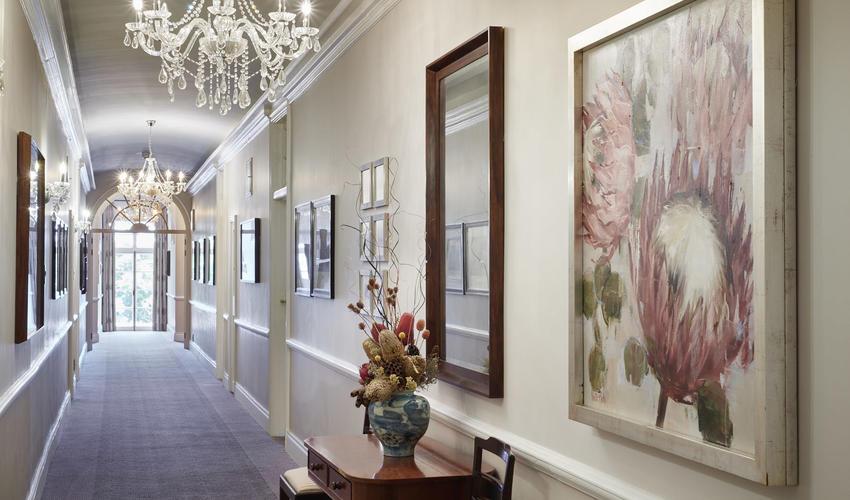 Revamps corridors