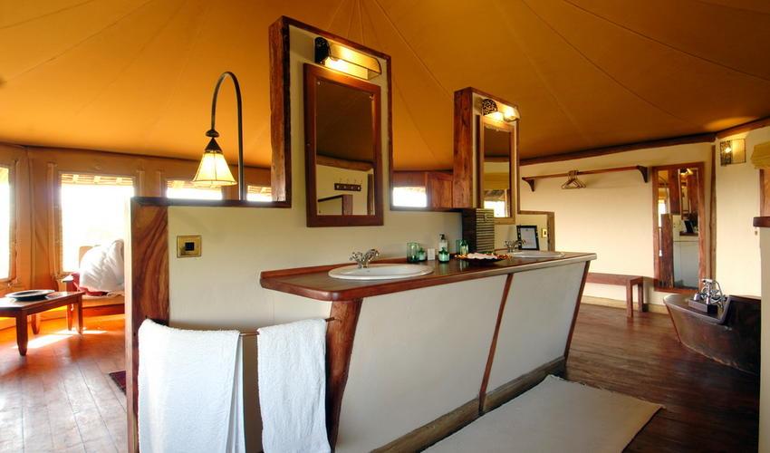 Private House Master Bathroom