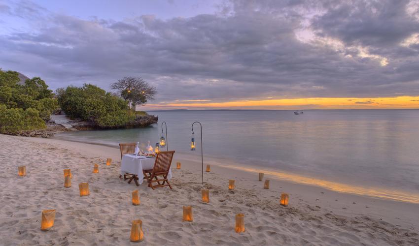 Dining on the beach setup