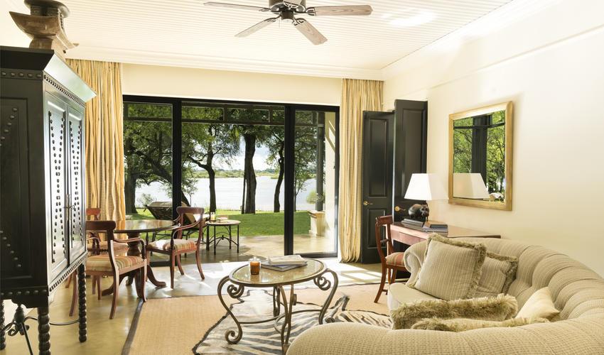 Livingstone Suite Livingroom